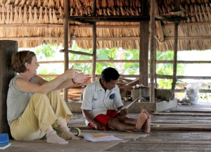 Catherine Potvin and Juvenal Quiroz, president of the Embera Congress of Alto Bayano in Panama (Source: Lisa Lutz, http://biology.mcgill.ca/faculty/potvin/).